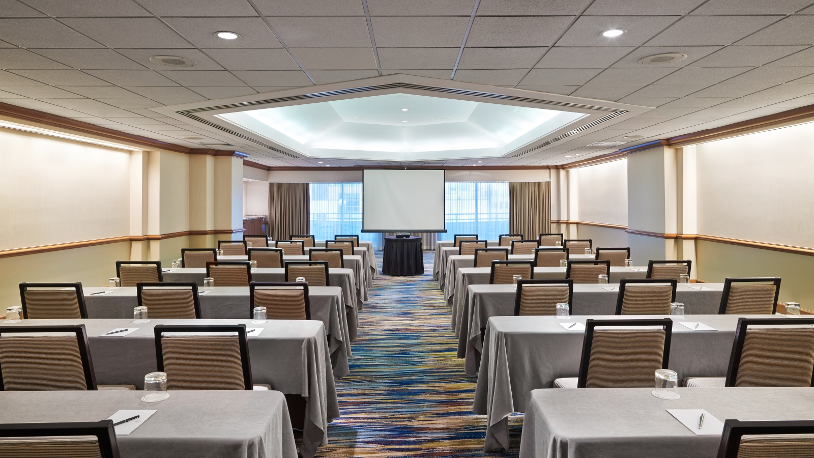 San Diego Meeting Space - Topaz Meeting Room